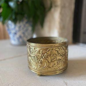 Vintage Circle Brass Planter